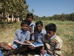 Schüler im Internat Mukti in Anglakuduru